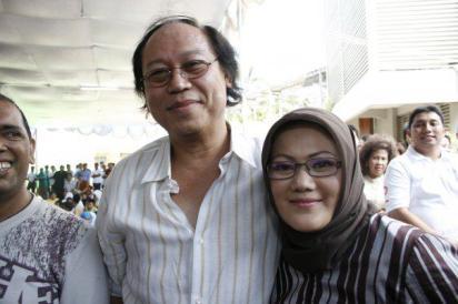 Djan Farid (mentri Perumahan) - HUT pak Djan ke 58 Tasyakuran anak yatim di kantor Jl Talang~
